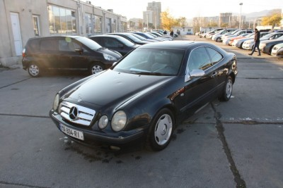 MERCEDES BENZ CLK 230